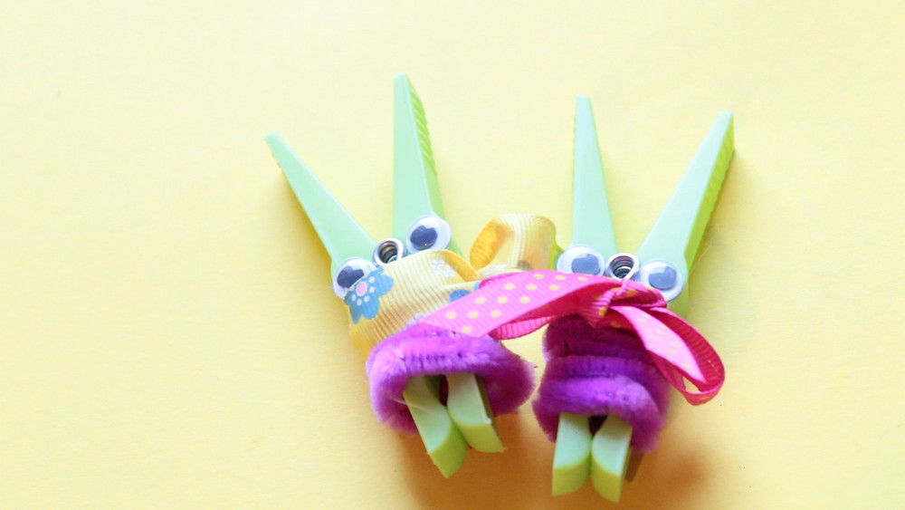 Clothes pin bunnies easter crafts for kids