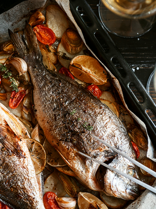 Baked fish with lemon preserve