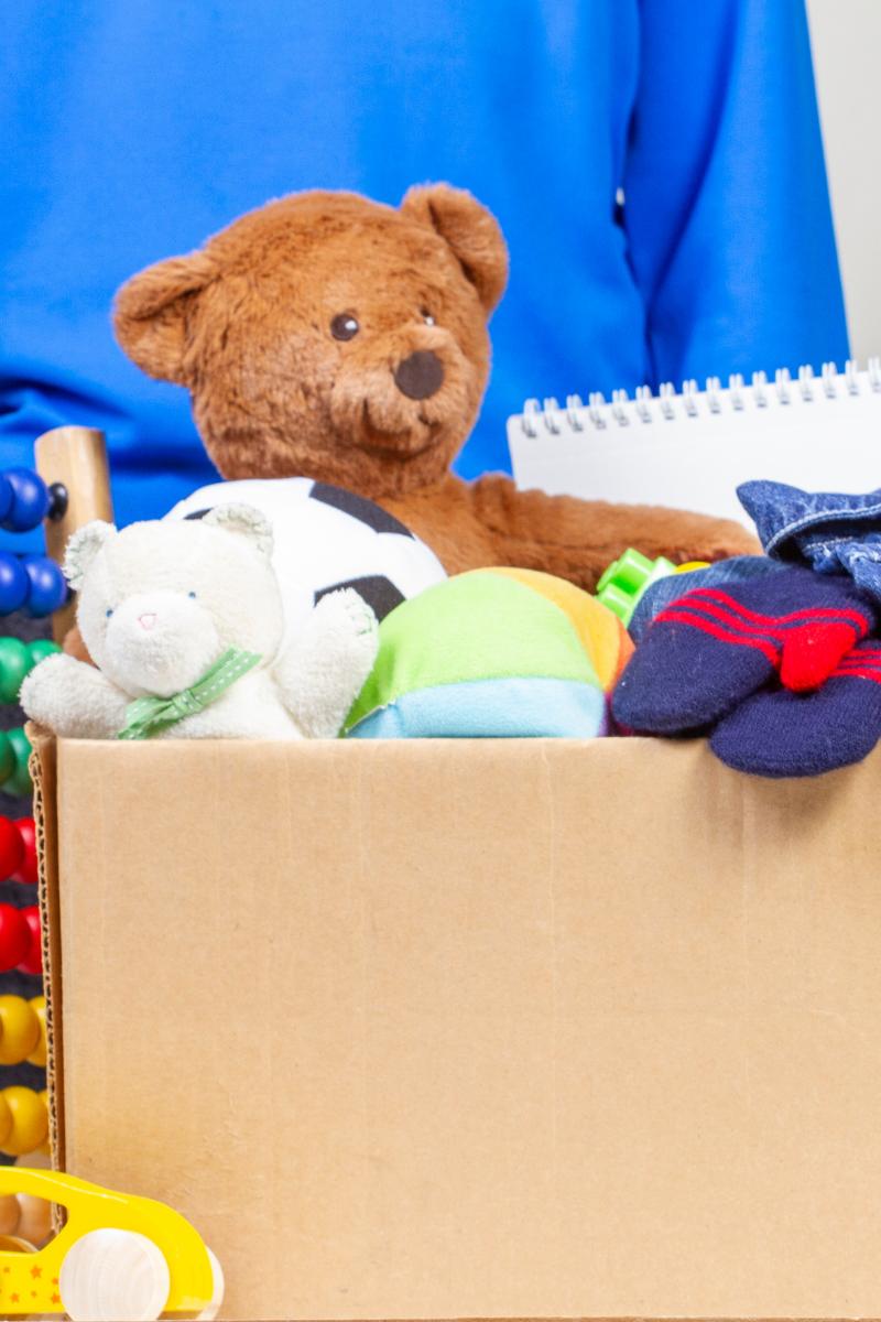 small kids room organisation