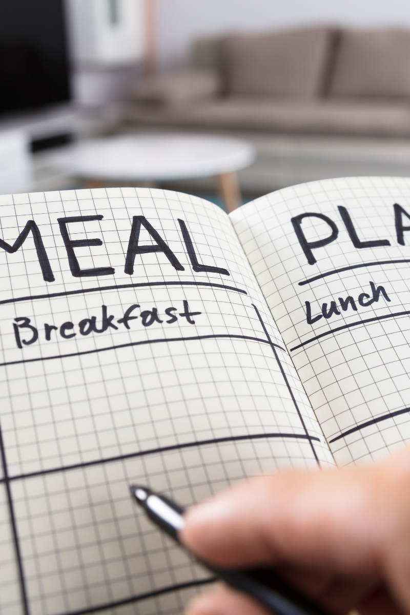 Budget your meal prep : Six ways to save money.