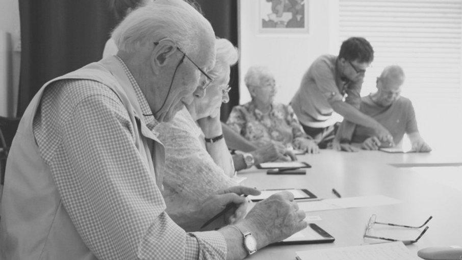 Digitalkurse für Senioren bietet die Granny Vision GmbH aus München
