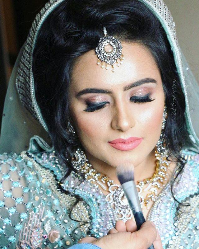 Wedding prep 💍👰🏻 #weddinggram #makeup