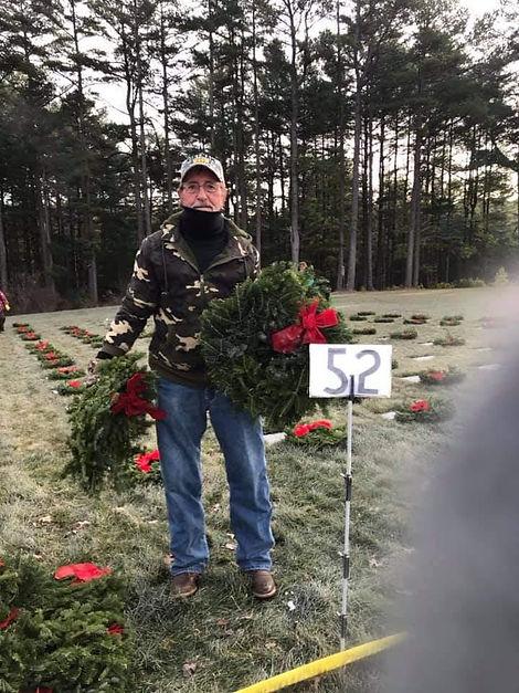 wreath21l.jpg