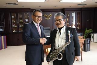 4.12 .2018 インドネシア大使館にて在日インドネシア大使館のアリフィン大使は我々を大歓迎してくださいました!