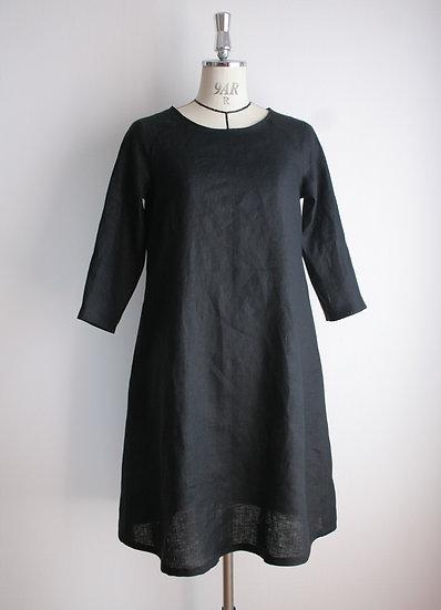 リネンのワンピース(黒)Linen Dress (Black)