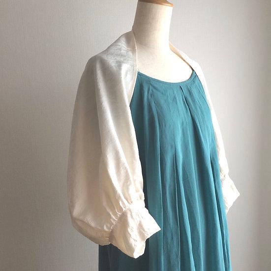 着物マーガレット(白) Silk Kimono Cardigan (White)