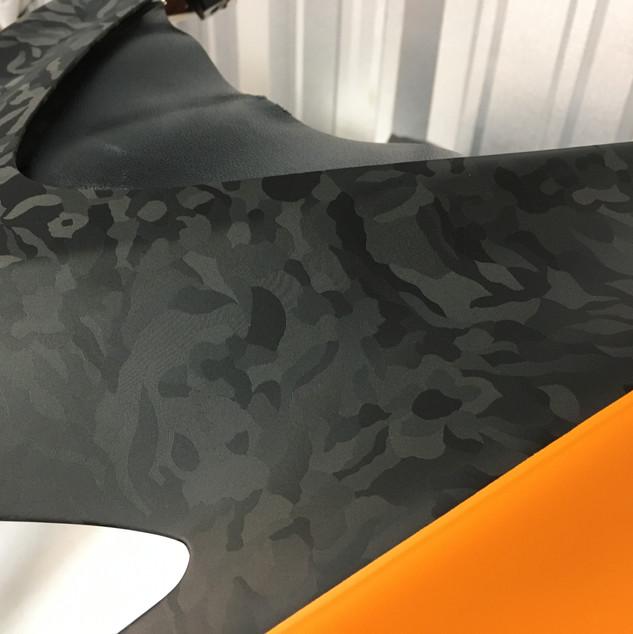 Texture Black and Orange Wrap
