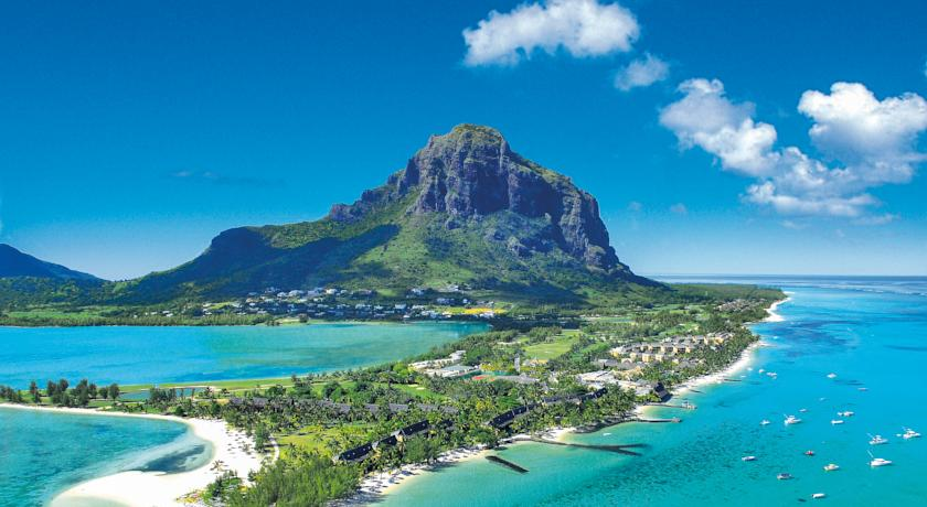 Paradis Golf Resort Le Morne view