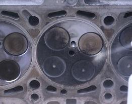 Nettoyages moteur ( auto, moto, kart..) au bicarbonate de soude. Le nettoyage au bicarbonate de soude est une méthode de nettoyage écologique qui redonne un aspect neuf à votre moteur sans avoir à le démonter !