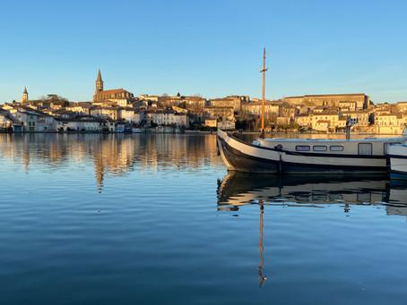 A QUOI RESSEMBLE UN COUCHER DE SOLEIL à l'Hostel Le Grand Bassin à Castelnaudary?