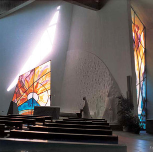 Complexo paroquial 'M. Mãe da Igreja'