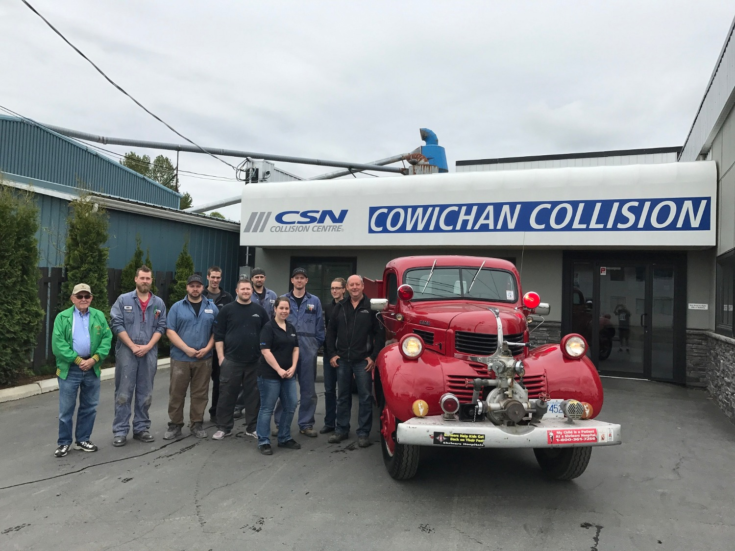Cowichan Collision Firetruck painting