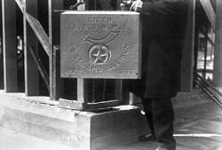 Gizeh Victoria cornerstone