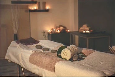 interior-modern-massage-room-candle-260n