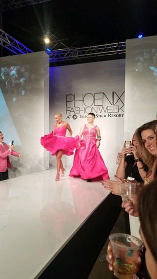 Phoenix Fashion Week Fashionably Pink!!