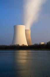 nuclear-power-plant-3145445_960_720.jpg