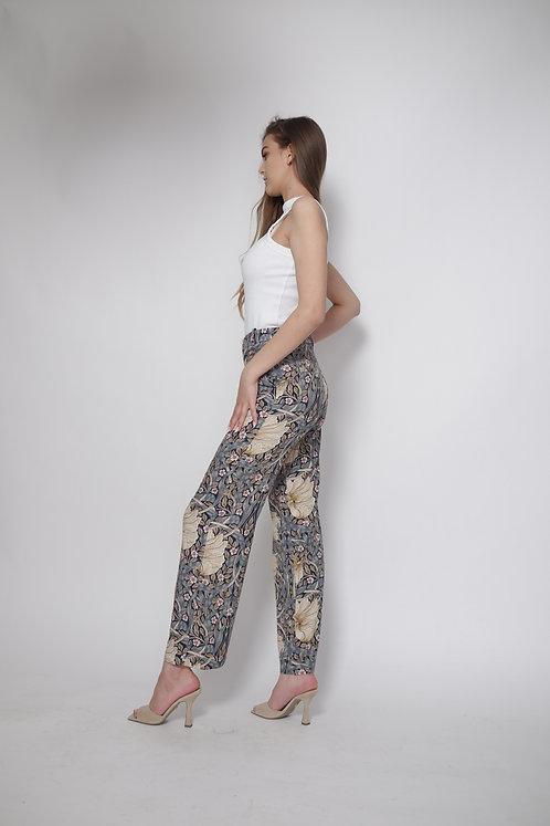Spodnie w kwiecisty wzór