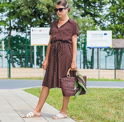 Brązowa sukienka w groszki