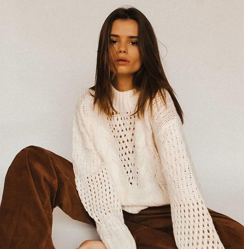 Kremowy sweter z domieszką wełny