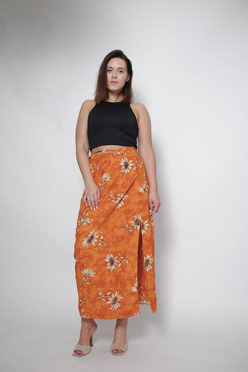 Pomarańczowa spódnica maxi