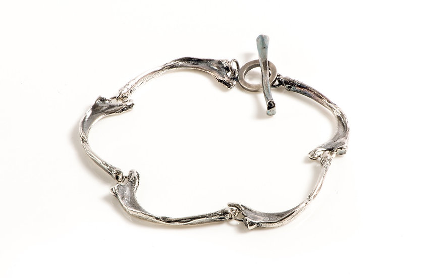 BURIED HER THINGS bone bracelet silver