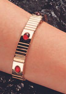 Магнитный браслет защитит вашу ауру