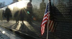 names-arranged-vietnam-veterans-memorial