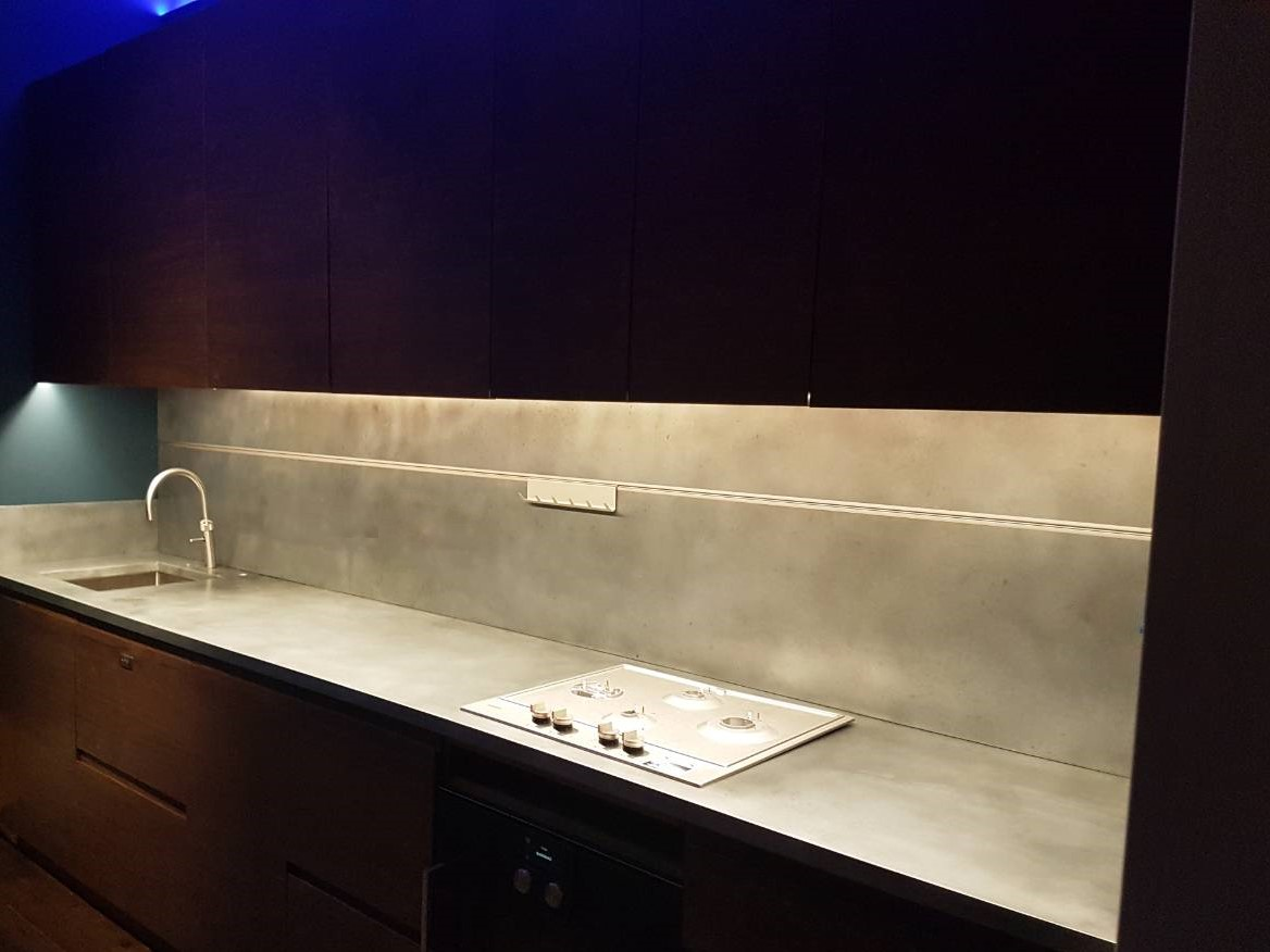 Zinc worktop with matching splashbac