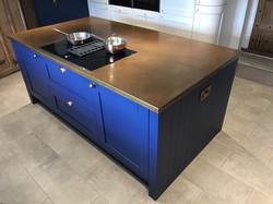 Kitchen islan