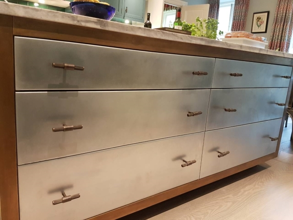 Zinc drawers