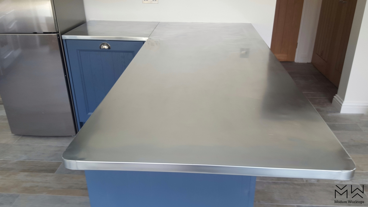 Zinc worktop for residential home