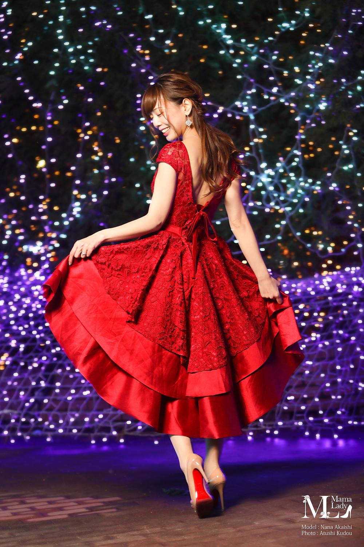 明石奈々 クリスマス ドレス