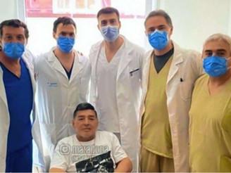 Llegaron todas las historias clínicas de Maradona y se define el inicio de la junta médica