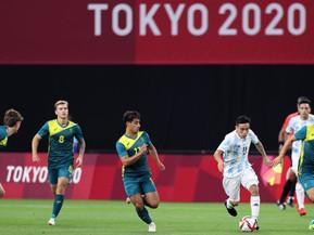Argentina debutó con una inesperada caída ante Australia y complicó su futuro en los Juegos de Tokio
