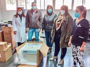 El Gobierno entregó nueva aparatología para laboratorios públicos de Orán y la Capital