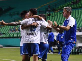 Vélez goleó en Colombia y accede a los cuartos de final de la Sudamericana