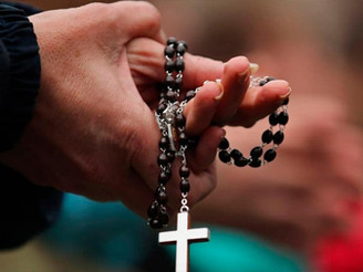 Los reportes de felicidad se acentúan entre los creyentes, según una encuesta de la UBA