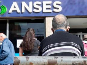 Las jubilaciones, pensiones y asignaciones aumentarán 12,12% a partir de junio