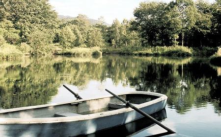 Boat on Lake_edited_edited.jpg