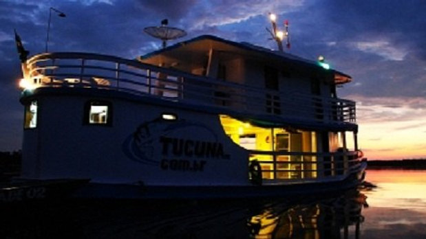 TUCUNA AMAZON BOAT