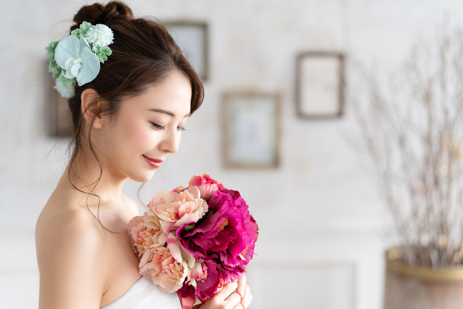Bridal concept of an asian woman..jpg