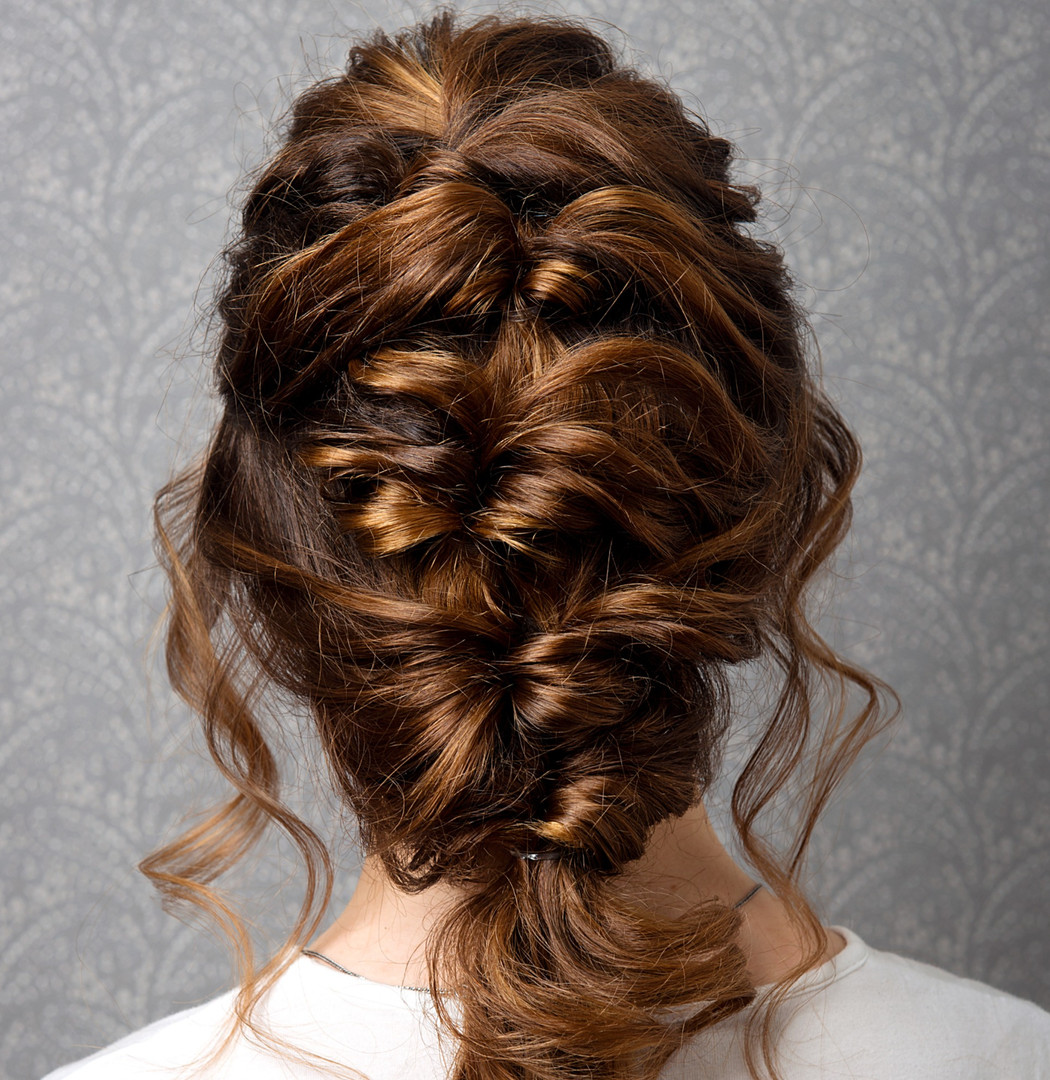 Hairstyle%20Greek%20braid%20on%20the%20h