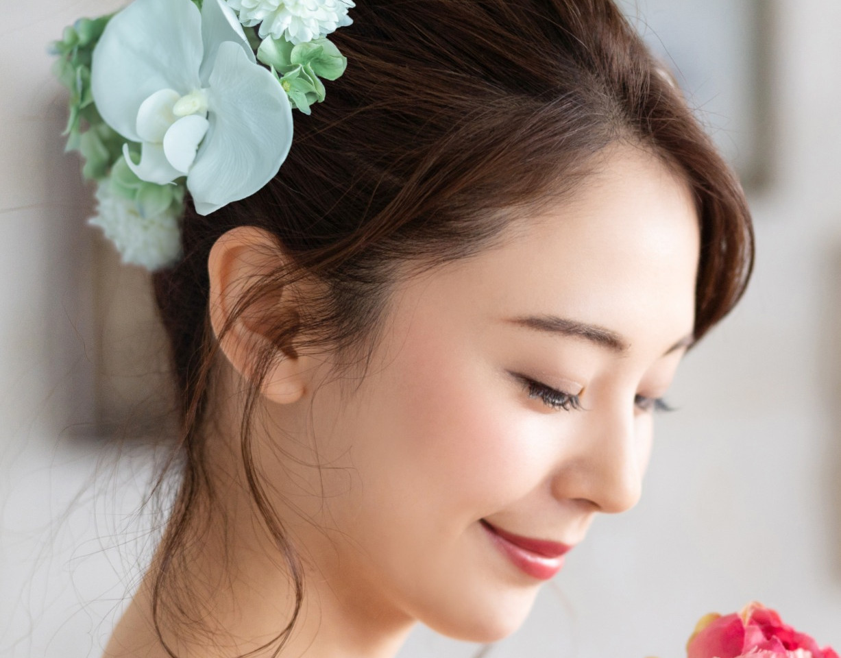 Bridal%20concept%20of%20an%20asian%20wom
