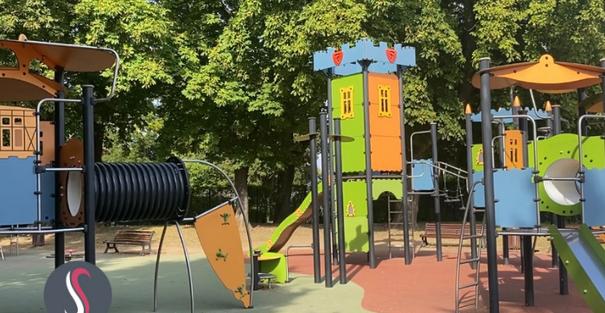 Emmenez vos enfants à l'aire de jeux du parc Napoléon !