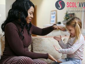 Quelles sont les différences entre une nounou et une baby-sitter ?