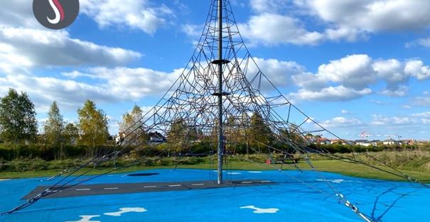 Une surface de jeux pour grimper à l'aéroparc de Yutz