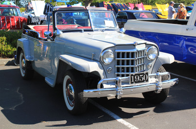 Michael Mclean 1950 Willy Jeepster.JPG