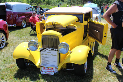 Fred Lively 1932 Ford Victoria.JPG