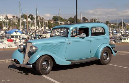 Jim Appleby 1933 Ford 2 dr sedan.JPG