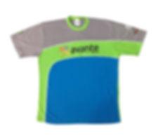 Camiseta em 1/2 malha 100% algodão,modelagem exclusiva com recortes e estampas em silk que valorizam a peça.